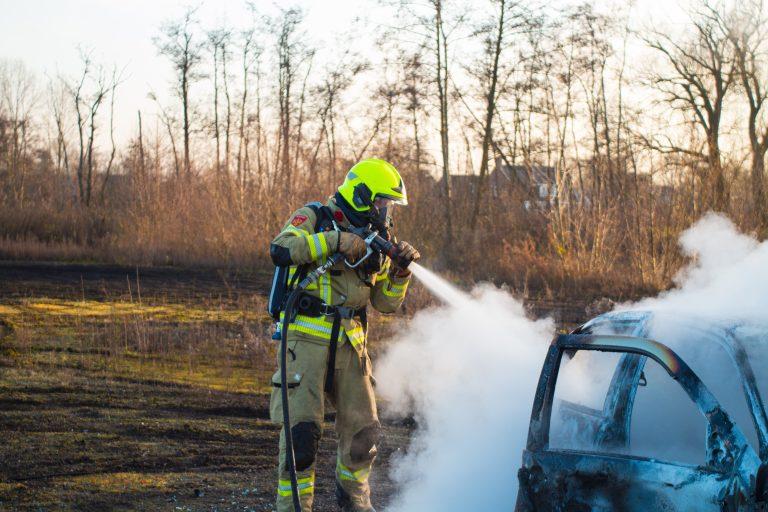 Autobrand-Oudjaarsdag-Nijkerk-1